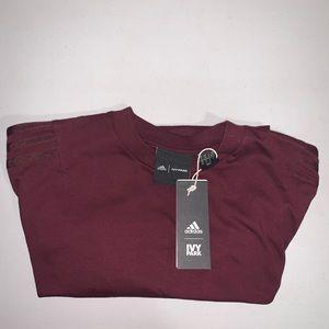 Ivy park adidas tee maroon size XS